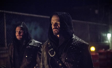 New Man Needed - Arrow Season 3 Episode 23