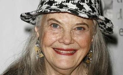 Desperate Housewives Casts Lois Smith, Promotes Addition of Vanessa Williams