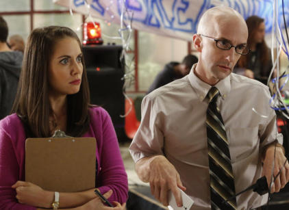 Watch Community Season 4 Episode 7 Online