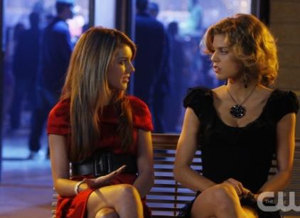 Watch 90210 Season 1 Episode 7 Online