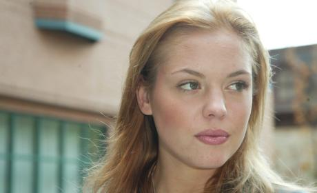 Once Upon a Time Casts Agnes Bruckner for Recurring Role