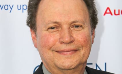 Billy Crystal to Headline The Comedians on FX