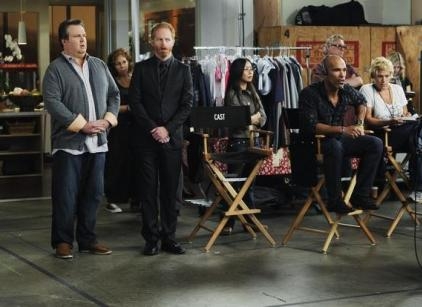 Watch Modern Family Season 2 Episode 7 Online