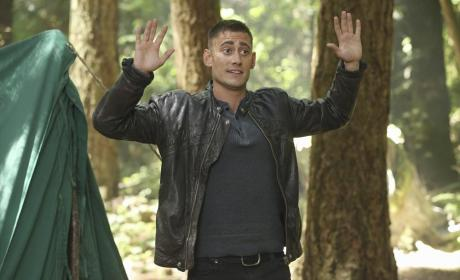 Will Scarlett Arrives - Once Upon a Time Season 4 Episode 3