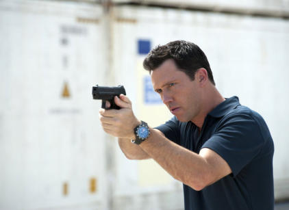Watch Burn Notice Season 6 Episode 17 Online