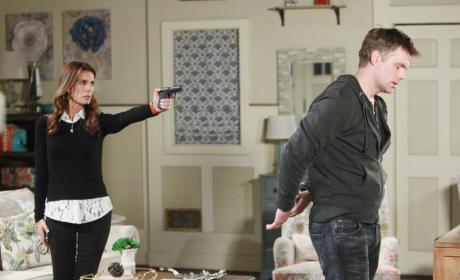Hope Calls 911 on Aiden - Days of Our Lives