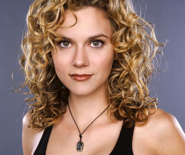 Hilarie Burton once upon a time