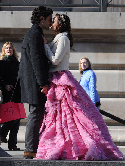 Dan and Blair Kiss!