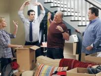 Modern Family Season 3 Episode 8