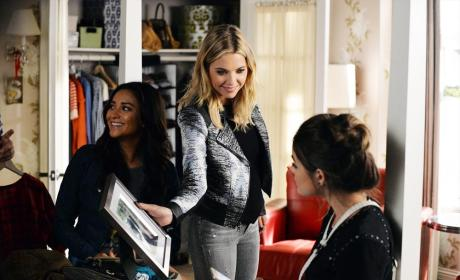 Breaking The Glare - Pretty Little Liars Season 5 Episode 21