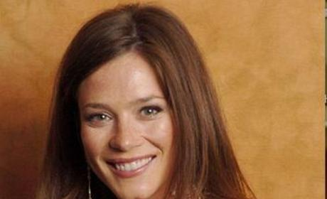 Anna Friel is a Fresh Fall Face