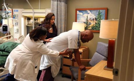 "Grey's Anatomy Photo Gallery: ""I Bet it Stung"""