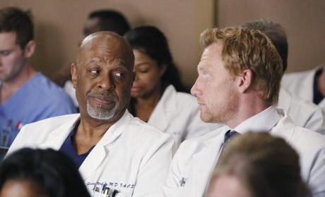 Exchange of Smirks - Grey's Anatomy Season 11 Episode 13