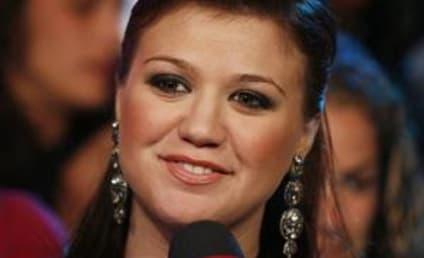 Kelly Clarkson Plans Next New Album