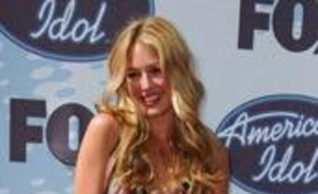 Cat Deeley is Back