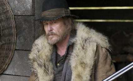 Tom Berenger Cast in Key Major Crimes Role