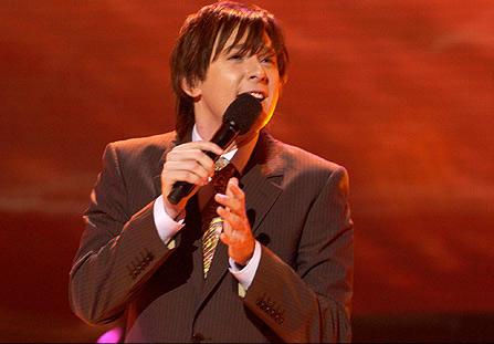 Clay Aiken Appears on Season Five of American Idol