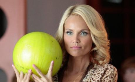 Kristin Chenoweth Speaks on Glee Role