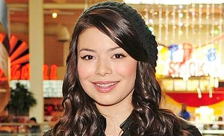 Miranda Cosgrove to Play Pop Star on The Good Wife
