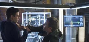 Arrow Post Mortem: Grant Gustin, Producers Talk Masks, Ollicity & More!