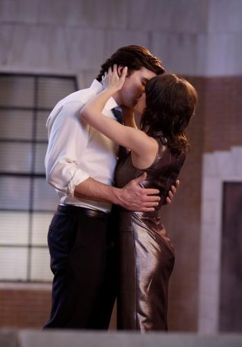 Clark and Lana Kiss