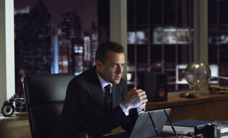 Late Night at the Office - Suits Season 4 Episode 16