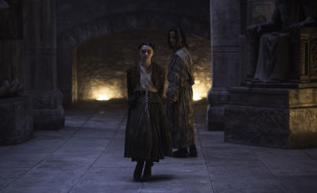 Arya Gets A Surprise - Game of Thrones Season 5 Episode 9