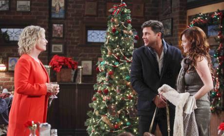 The Brady Christmas Eve - Days of Our Lives