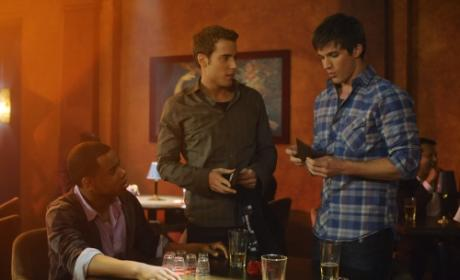 "90210 Photos from ""The Party's Over"""
