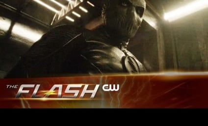 The Flash Promo: Working Together to Save Our Barry!
