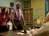 Brooklyn Nine-Nine Season 3 Episode 22