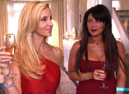 Watch The Real Housewives of Beverly Hills Season 1 Episode 12 Online