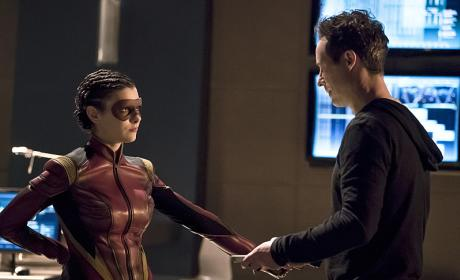 The Flash Season 2 Episode 16 Review: Trajectory