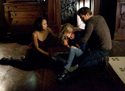 Watch The Vampire Diaries Season 5 Episode 19 Online
