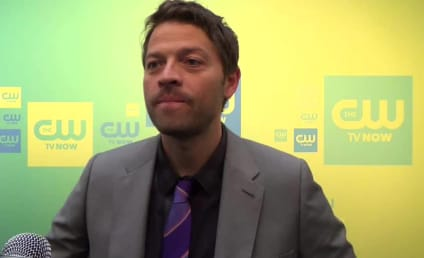 "Misha Collins Teases ""Chilling"" Supernatural Cliffhanger, Yearns to Sing"