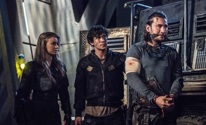 The 100 Photo Preview: The Return of Roan!