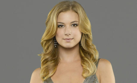 Revenge: Watch Season 4 Episode 18 Online
