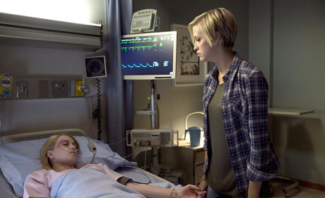 Kate Visits Tasha - Supernatural Season 10 Episode 4