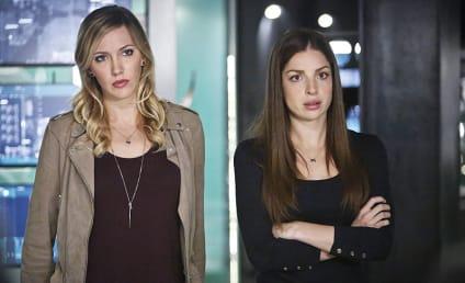 Watch Arrow Online: Season 4 Episode 15