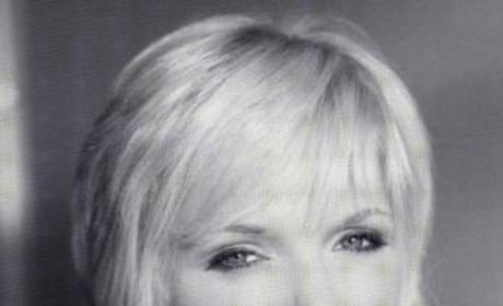 Maura West Photograph