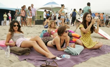 "90210 Photo Preview: ""Best Lei'd Plans"""