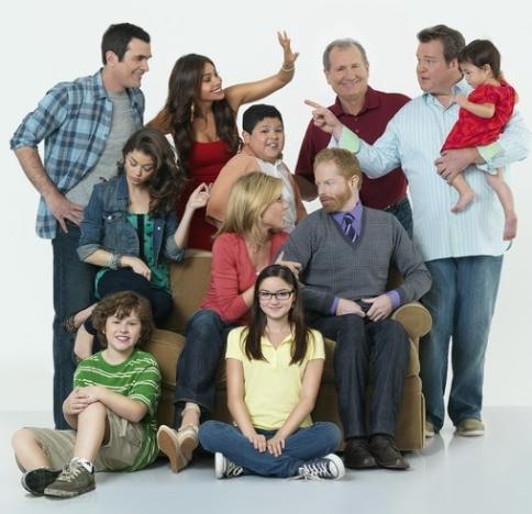 Modern Family Cast Pic