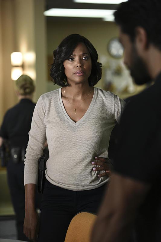 Tara on the Ready - Criminal Minds Season 12 Episode 1