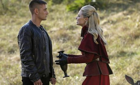 Once Upon a Time in Wonderland Review: Believe in Love