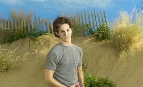 """Revenge Exclusive: Connor Paolo Speaks on """"Peasant"""" Character"""