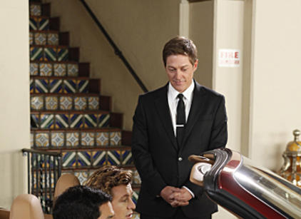 Watch The Mentalist Season 2 Episode 13 Online
