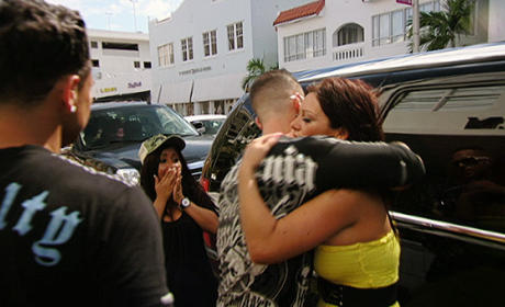 "Jersey Shore Review: ""Back Into the Fold"""