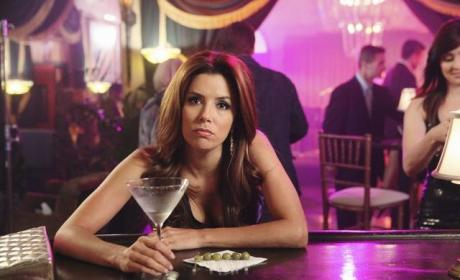 "Desperate Housewives Review: ""Let Me Entertain You"""