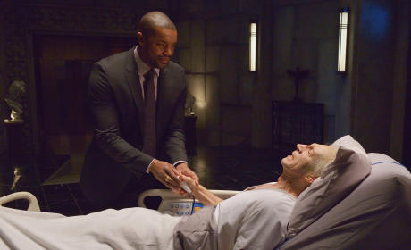 The Strain Season 1 Episode 12 Review: Last Rites