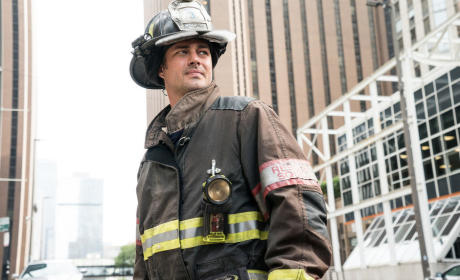 A New Commanding Officer - Chicago Fire